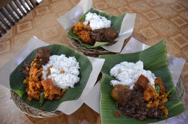 Culture Shock – Gudeg food tour in Indonesia