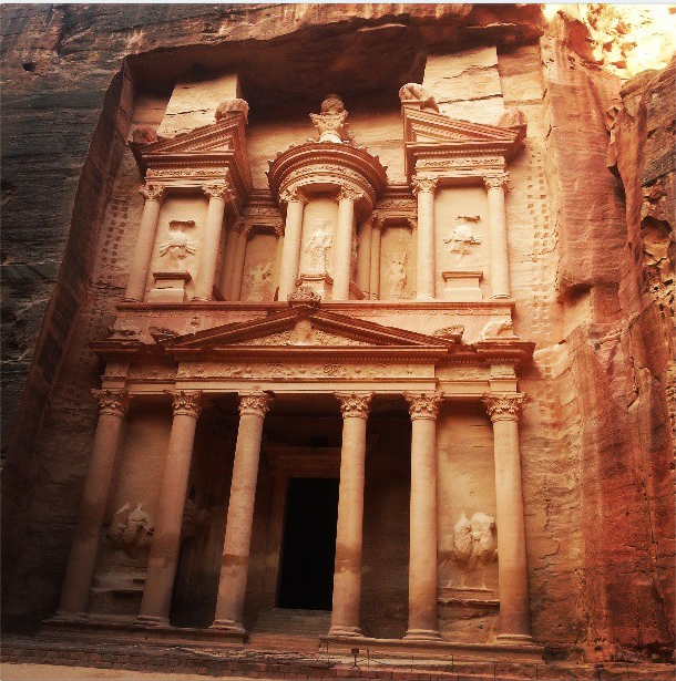 Visiting Petra in Jordan – A Photo Essay