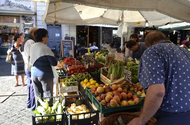 Campo dei Fiori market -Rome Food Tour with Walks of Italy