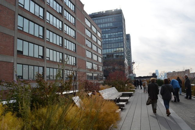 walking along New York's high line on the foods of new york chelsea market tour