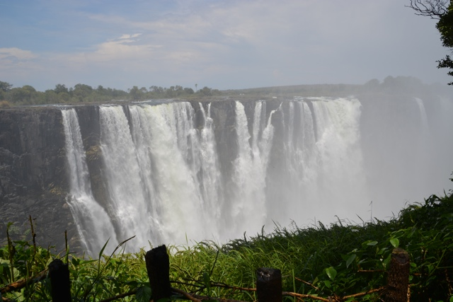 victoria falls from zimbabwe