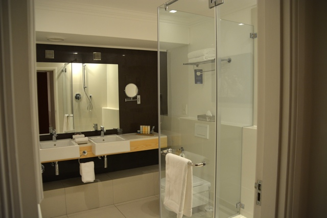 Bathroom Lights Cape Town the radisson blu hotel in cape town, south africa | travel yourself