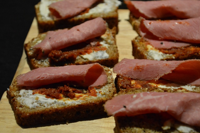 pastrami gargonzola tomato brown soda bread - A Food Walking Tour in DublinTours in Dublin