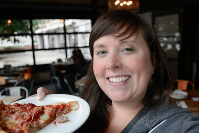 cailin and chicago deep dish pizza - Chicago Pizza Tours aka 3ish Hours of Heaven