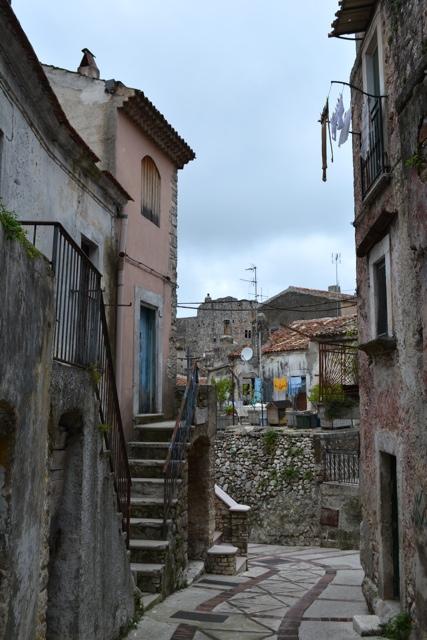 A colorful alleyway in Vico del Gargano - 5 Best Things to do in Gargano, Italy