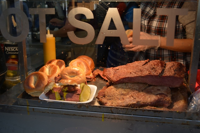 hot salt beef, mustard, pickles on fresh bagels and beigle bake on bricklane - eating london food tour review