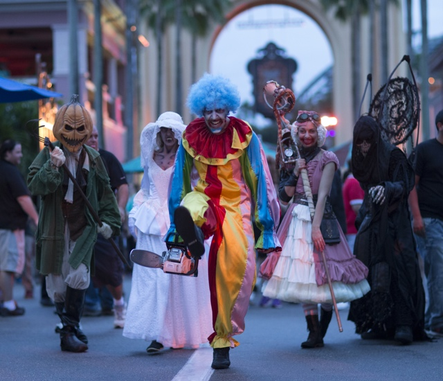 Universal Orlando Resorts Halloween Horror Nights Scarezones - Halloween Horror Nights at Universal Orlando Resorts