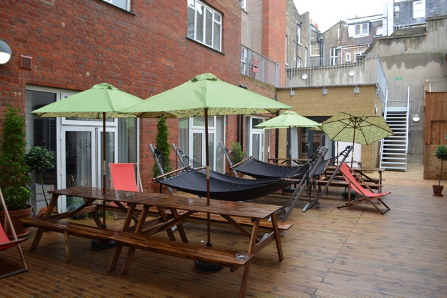 outdoor space, hammocks and smoking area - Wombat's City Hostel London Review #Video