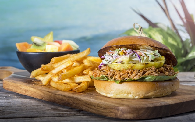 pulled pork sandwich at Volcano Bay image credit Universal Resorts Orlando - Universal Orlando's Best Theme Park Foods