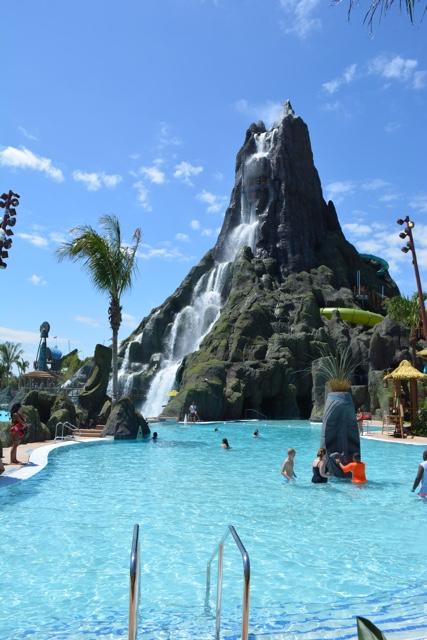 the reef pool at volcano bay - Ultimate Guide to Relaxing at Universal's Volcano Bay