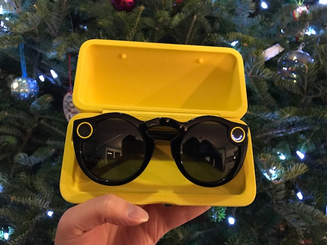 Snapchat spectacles - The Travel Lovers Perfect Holiday Gift Guide
