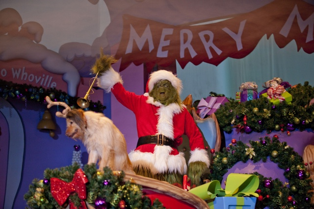 grinchmas wholiday spectacular - photo credit Universal - Best Tips for Celebrating the Holidays at Universal Orlando