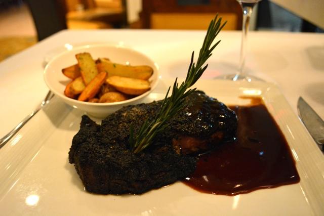 truffle rubbed steak, Courtside Stealhouse Sanibel Marriott Resort Florida