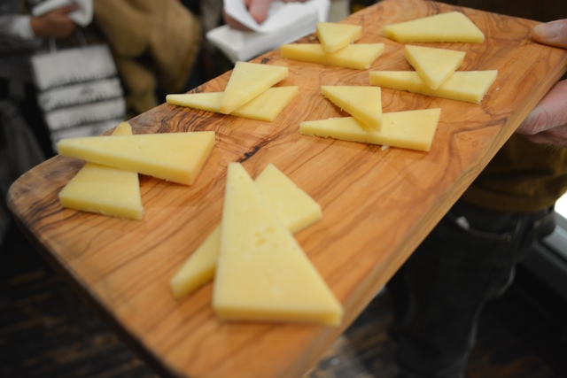 LUCY'S WHEY Cabot Clothbound Cheddar Cheese Tasting plus