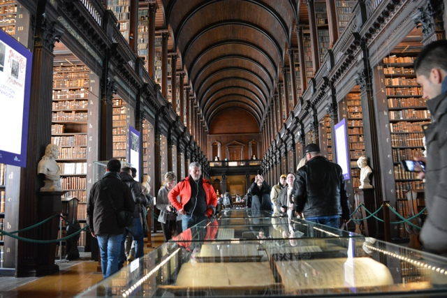 the Long Room Library at Trinity College - Dublin in a Minute