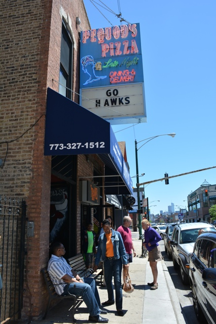 Pequod's pizza Chicago - Chicago Pizza Tours aka 3ish Hours of Heaven