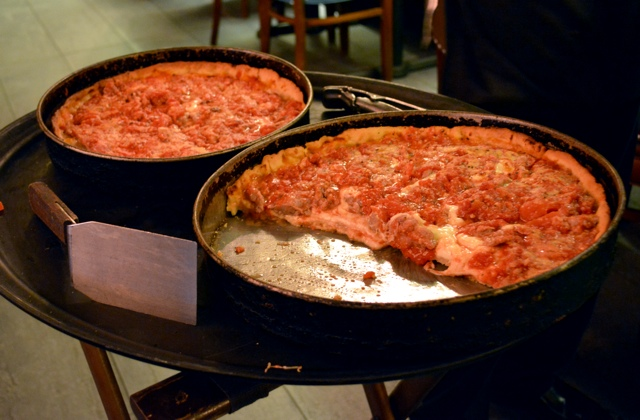 chicago deep dish pizza - Chicago Pizza Tours aka 3ish Hours of Heaven