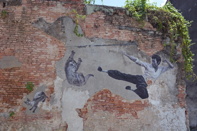 the real bruce lee would never do this - The Street Art of George Town, Penang, Malaysia
