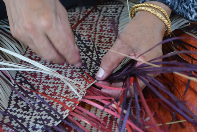 hand woven mat terengganu, malaysia - Learning How to Squid Jig in Malaysia
