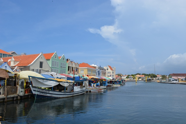 floating market Willemstad, Curacao - Best Things to do in Curacao