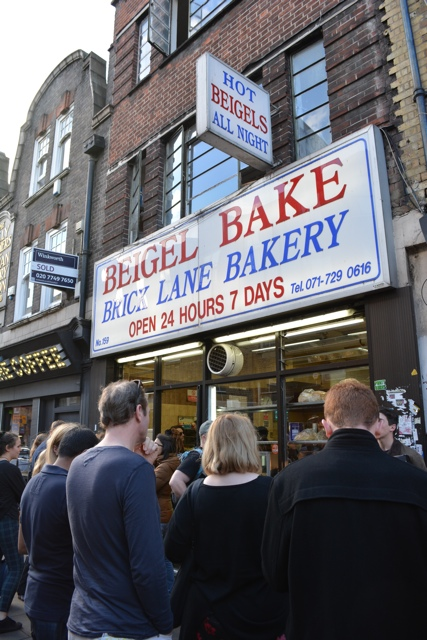 beigel bake jewish bagel place on Bricklane - eating london food tour review