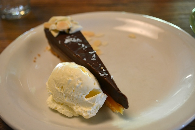 salted caramel and chocolate tart at pizza east - eating london food tours review