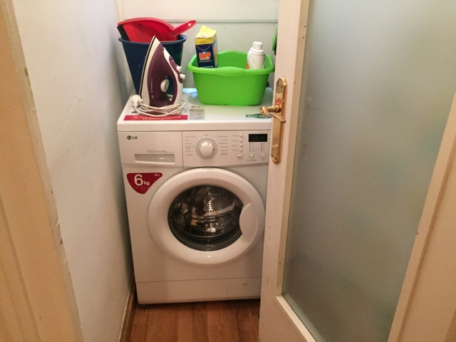 washing machine in apartment rental - Tips for Renting an Apartment in Europe