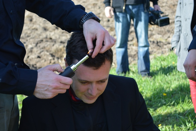 hot air balloon tradition getting hair burnt - Hot Air Ballooning For the First Time