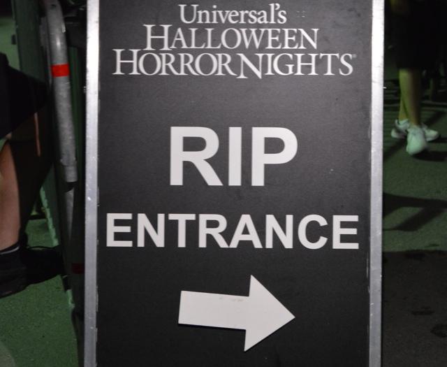 RIP VIP Tour Entrance at Halloween Horror Nights - Halloween Horror Nights at Universal Orlando Resorts
