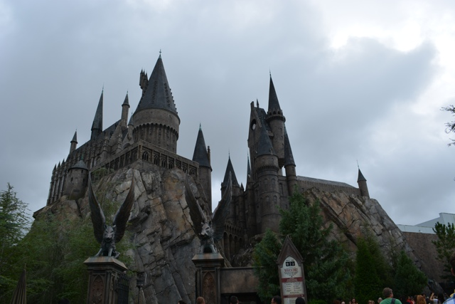 Hogwarts School of Witch Craft and Wizardry - Universal Orlando Resort VIP Tour Highlights