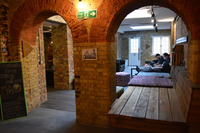downstairs lounge area Wombar - Wombat's City Hostel London Review #Video