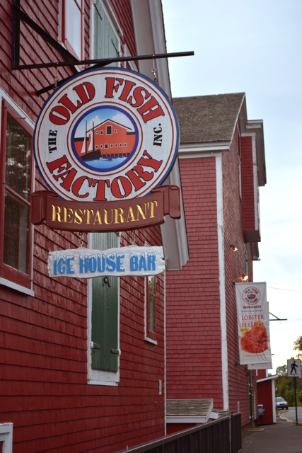 seafood restaurant in Lunenburg - Lunenburg, Nova Scotia Best Things to See and Do