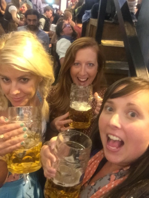 small group of friends go in small groups to oktoberfest - Best Tips for Celebrating Oktoberfest in Munich