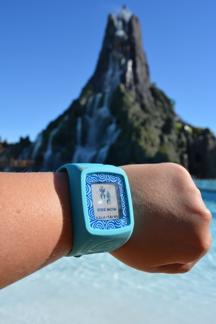 taputapu ride now bracelet - Ultimate Guide to Relaxing at Universal's Volcano Bay