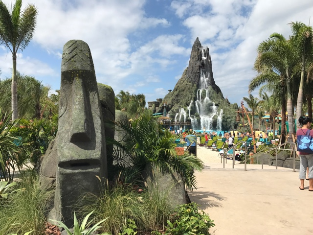 volcano bay water theme park tiki heads - The Ultimate Bucket List for Universal Orlando