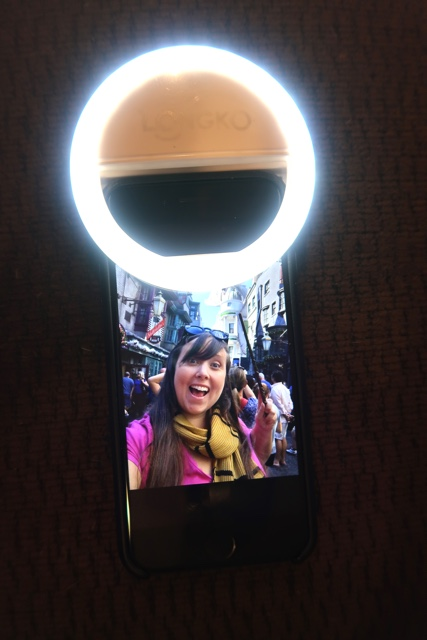 longko selfie light ring - The Travel Lovers Perfect Holiday Gift Guide