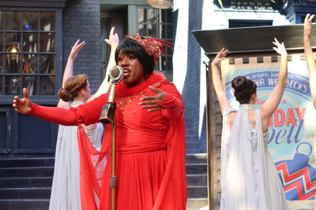 celestina warbeck and the banshees sing christmas songs in diagon alley - Best Tips for Celebrating the Holidays at Universal Orlando