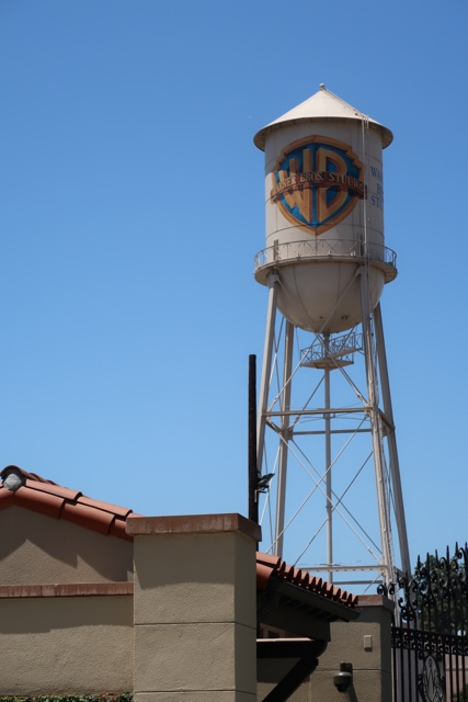 the iconic warner brothers studio water tower - Warner Brothers Studio Tour Review