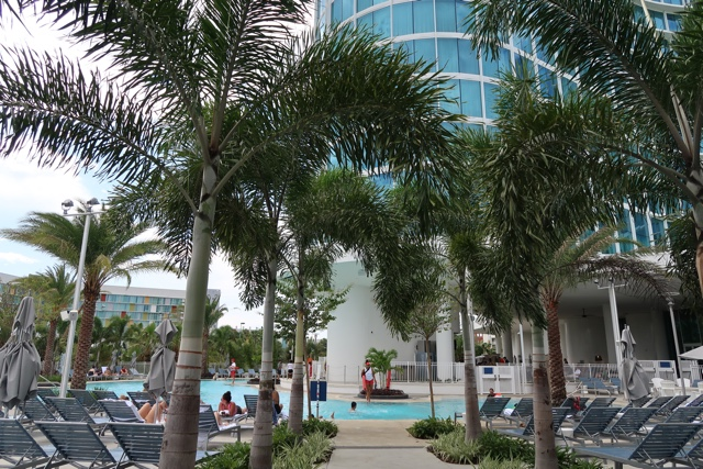the lounge area by the pool at the Aventura Hotel - The Aventura Hotel at Universal Orlando Review
