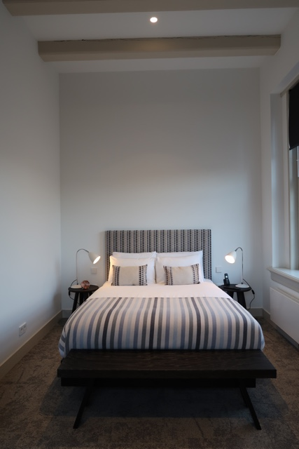 hotel wittenberg amsterdam stylish bed with great high ceilings - The Wittenberg Aparthotel Amsterdam Review