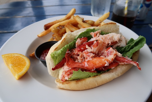 lobster roll with homemade mayo from the lobster barn pub and eatery - Where to Eat the Best Lobster Rolls in Prince Edward Island?