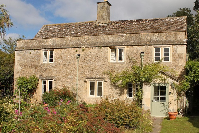 harry potter childhood home lacock wiltshire england