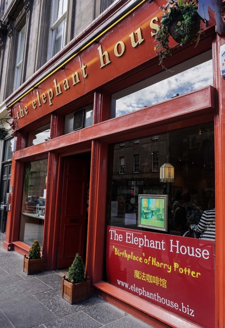 the elephant house cafe harry potter jk rowling location edinburgh