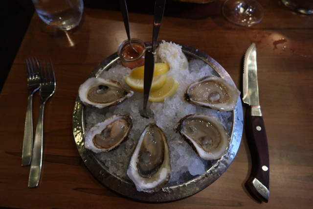 fancy shucked oysters at sims steakhouse and oyster bar